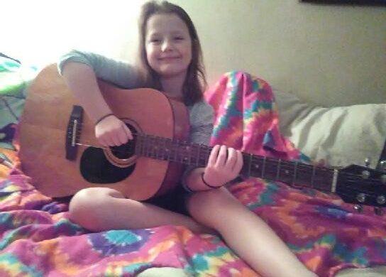 A guitar for Baylee